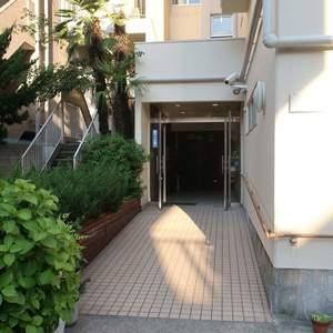 柳橋リバーサイドマンションのマンションの入口・エントランス