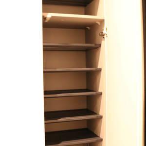 藤和白山コープ(4階,4580万円)のお部屋の玄関