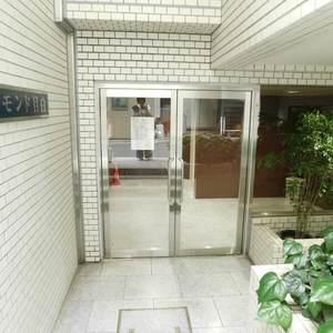 プチモンド目白のマンションの入口・エントランス