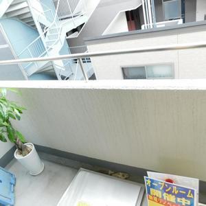 プチモンド目白(4階,4299万円)のバルコニー