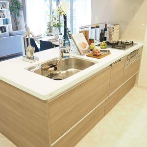 グランシティ天王洲アイル(5階,6280万円)のキッチン