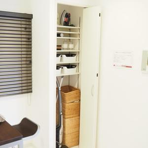 グランシティ天王洲アイル(5階,6280万円)の居間(リビング・ダイニング・キッチン)