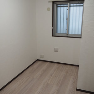 スカイクレストビュー芝浦(2階,5470万円)の洋室(3)