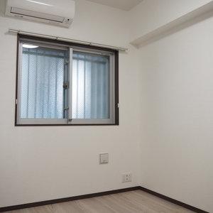 スカイクレストビュー芝浦(2階,5470万円)の洋室(2)
