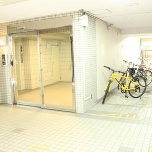 パラスト白山の駐輪場