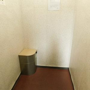 サンクタスデュオ下落合コートAのエレベーターホール、エレベーター内