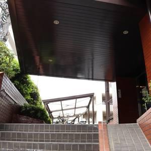 マンション小石川のマンションの入口・エントランス