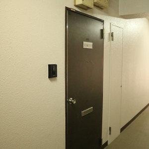 マンション小石川(4階,)のお部屋の玄関