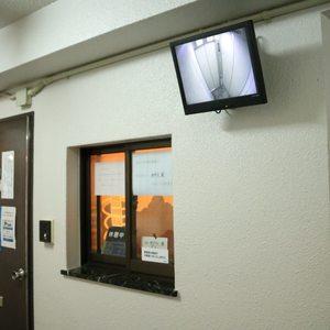 マンション小石川のエレベーターホール、エレベーター内