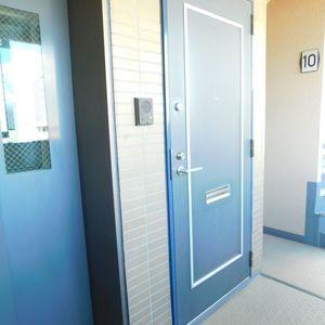 池袋西アムフラット(10階,)のフロア廊下(エレベーター降りてからお部屋まで)