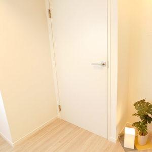 セザール池袋要町(3階,3799万円)の洋室(2)