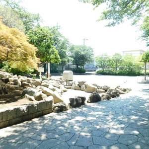 セザール池袋要町の近くの公園・緑地