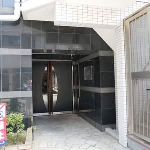 ルリオン錦糸町エグゼのマンションの入口・エントランス