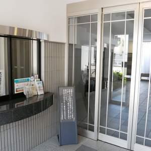 ダイアパレス本所のマンションの入口・エントランス