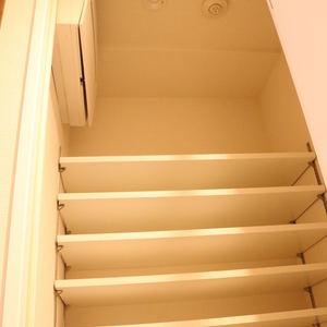 クオリア後楽園(2階,4580万円)のシューズインクローゼット