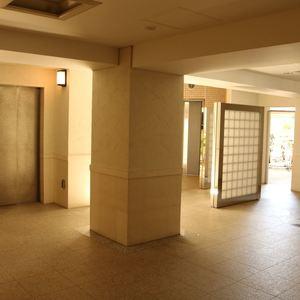 クオリア後楽園のエレベーターホール、エレベーター内