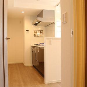 春日タウンホーム(5階,2999万円)の居間(リビング・ダイニング・キッチン)