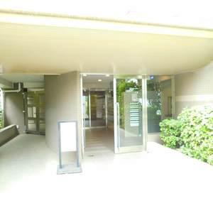 イトーピアアルファシティ池袋のマンションの入口・エントランス