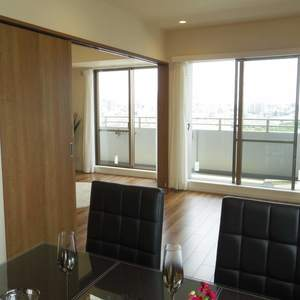 シーアイマンション新中野(13階,6180万円)の居間(リビング・ダイニング・キッチン)