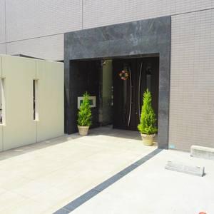 日神デュオステージ新中野のマンションの入口・エントランス