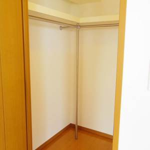 日神デュオステージ新中野(3階,4050万円)のウォークインクローゼット