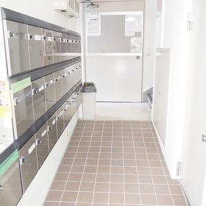 参宮橋コーポラスのマンションの入口・エントランス