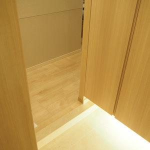 ライオンズマンション代々木(1階,)のお部屋の玄関