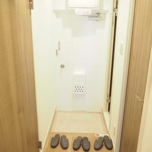 メゾンドール代々木(4階,4099万円)のお部屋の玄関