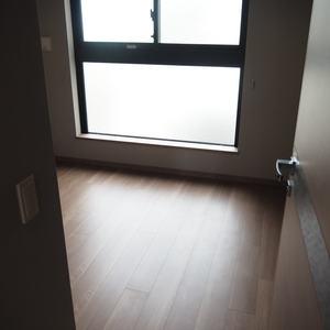 ヴァントヌーベル代々木(5階,7480万円)の洋室