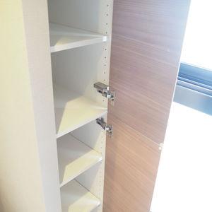 ヴァントヌーベル代々木(5階,7480万円)の化粧室・脱衣所・洗面室