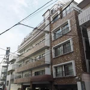 第15宮庭マンションの外観