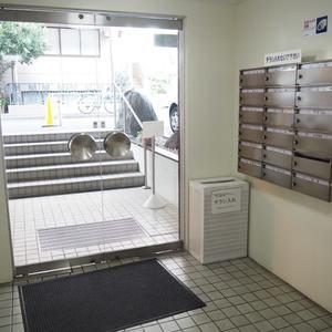 第15宮庭マンションのマンションの入口・エントランス