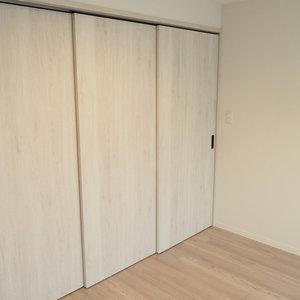 秀和第2神宮レジデンス(4階,3480万円)の洋室