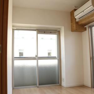 朝日小日向マンション(5階,)の居間(リビング・ダイニング・キッチン)