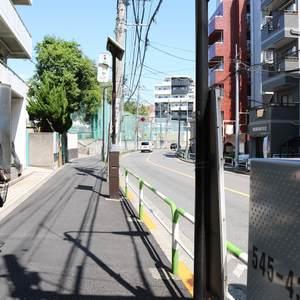 朝日小日向マンションの最寄りの駅周辺・街の様子