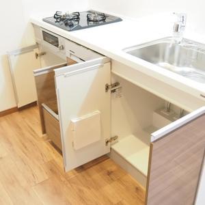 御苑パビリオン(6階,2998万円)のキッチン