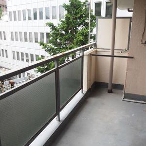 御苑パビリオン(6階,)のバルコニー