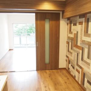 御苑パビリオン(6階,2998万円)の居間(リビング・ダイニング・キッチン)