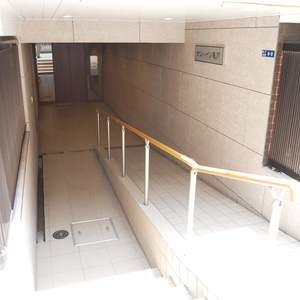 サンハイツ亀戸のマンションの入口・エントランス