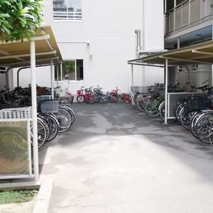 ファミール亀戸の駐輪場
