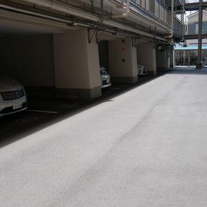 ファミール亀戸の駐車場