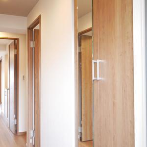 ファミール亀戸(13階,)のお部屋の玄関