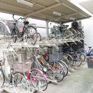 中銀亀戸マンシオンの駐輪場