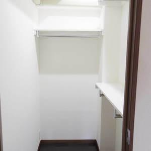 朝日マンション新中野(9階,)のウォークインクローゼット