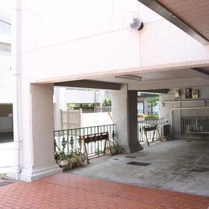 北大塚ハイツの駐車場