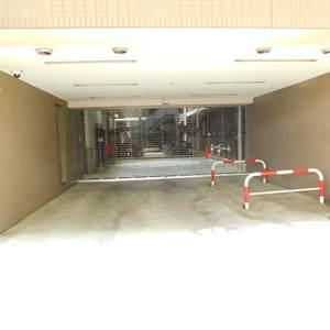 シーアイマンション池袋西の駐車場