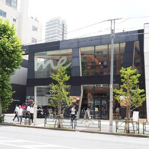 クローバー六本木のカフェ