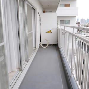 東建ニューハイツ元加賀(10階,4580万円)のバルコニー