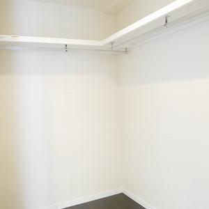 ラクール木場(8階,6180万円)のウォークインクローゼット