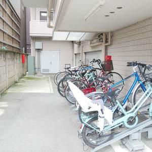 ラクール木場の駐輪場
